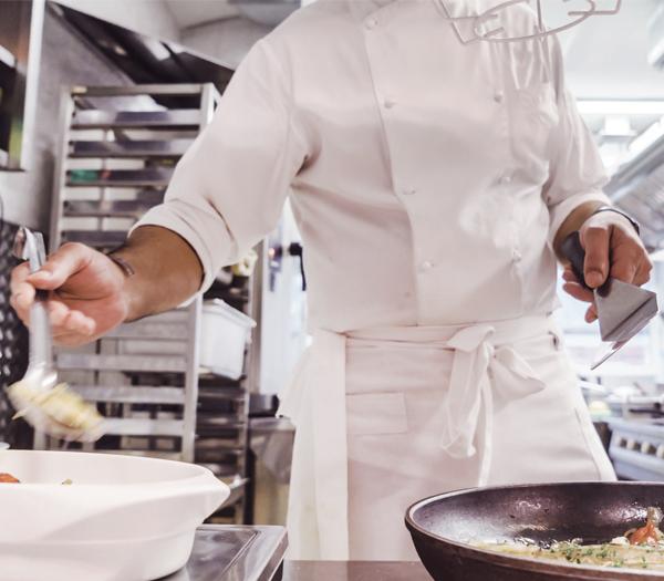 f7aa8ae88b1 Faire carrière comme aide à la cuisine en établissement de détention ...